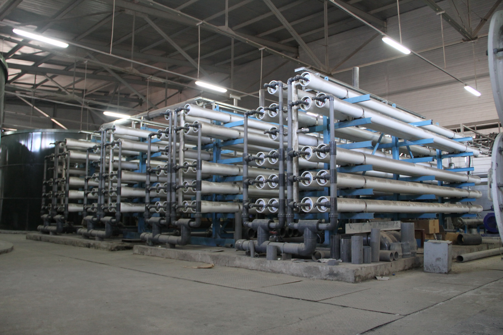 CHP-SBS. Water treatment complex with a capacity of 400 m³/h of a SPS. Boiler station for 5 boilers